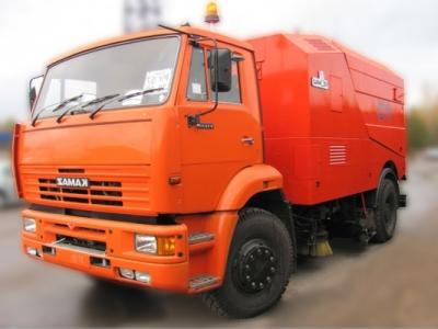 Подметально-уборочная машина КО-326-06